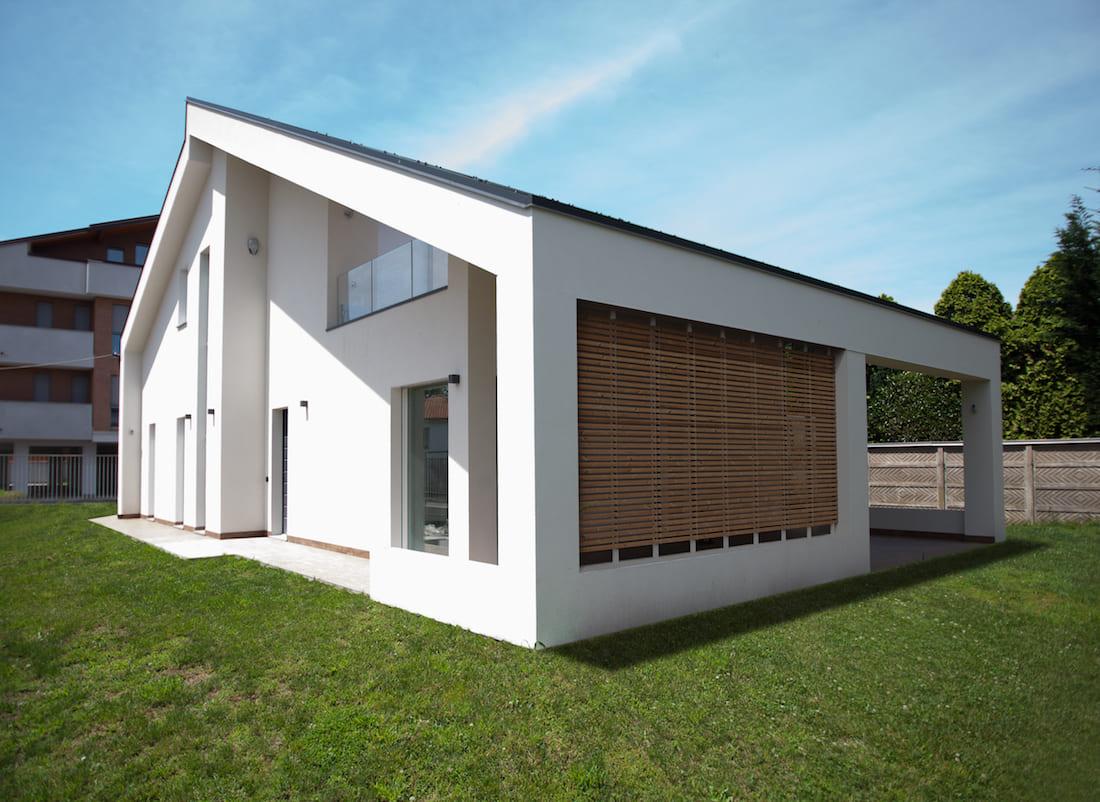 Casa in legno a telaio a borsano busto arsizio varese for Casa moderna orari